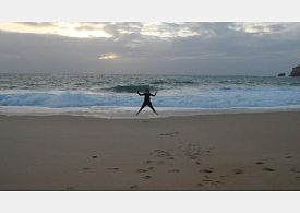 Studium na břehu oceánu